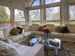 Chalet Serena living room