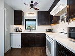 This kitchen is fully equipped for your cooking needs!