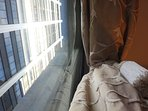 In the heart of the city but quiet behind double glazing - Honey Apartment Two