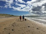 Walking from Largo Bay to Elie