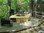 Private cedar hot tub on your deck!