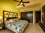 Luna Maya Tierra 5. Large master bedroom