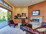 Living Room - fire place 10' sliding wall exquisite !  feel embraced by nature  view wildlife