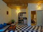 Honey Private House - Interior