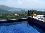 Private pool with stunning views to the Dalmatian coast