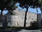 Vista del castelo Ursino dalla parallela di Via Plebiscito