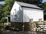 Skiber - detached Cornish stone barn
