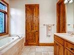 Trout Suite Ensuite Bath