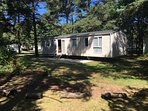 Dreamers Getaway, beautiful 3 bedroom home on a spacious woodland plot!