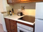 Fridge/freezer, electric oven, grill and hob plus toaster