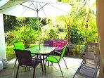 Jardín privado junto al salon comedor