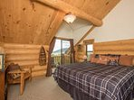 'Fishermans Dream' Master on 2nd floor, Private Deck, Private Full Bath and walk in closet