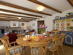 Pembrokeshire holiday cottage - open plan living/dining room