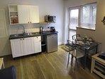 Lounge/kitchenette/diner