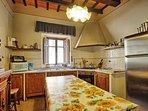 Large Villa with a Private Pool in Tuscany Near a Train to Arezzo - Villa Il