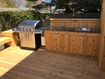 Natural Gas Grill - Granite Counter Top - Bar Sink w/Faucet.
