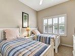 Window,Bedroom,Indoors,Room,Bed