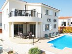 Three bed detached villa seconds from the sea front in Chloraka