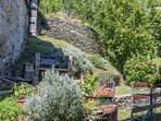 In the garden there are a barbcue area and a lot of aromathic herbs to cook typical italian dishes