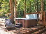Fern Woods, hot tub