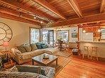 Fern Woods, Living Room