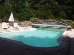 piscine avec dôme