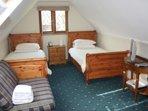 Alnwick Lodge rm 3 - twin bedroom
