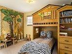 Bookcase,Furniture,Shelf,Bed,Bedroom