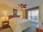 Oceanfront Master Bedroom w/1 King