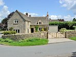 Beehive Cottage, an elegant cottage in the Cotswolds, for up to seven adults