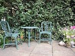 ...plus a table and chairs in the courtyard section