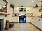 A good sized kitchen area, with Rangemaster cooker