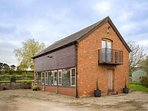 The Granary, a lovely detached holiday home in the Cotswolds