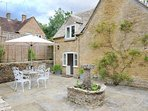 Welcome to Weir Cottage, in the heart of Bourton-on-the-Water