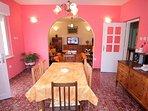 A4(6): dining room