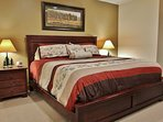 Master bedroom with king bed in Silver Cliff - Park City