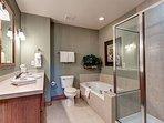 Highland Greens Master Bathroom Breckenridge Lodging Vacation Re
