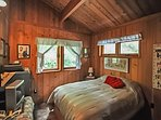 There is also a cozy guest room with a double bed.