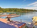 NEW! 2BR Newport Cabin w/Lakefront Private Porch!