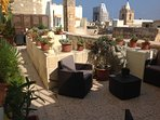 Roof Terrace area 2
