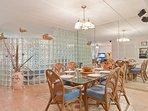 Saida IV 709 Dining Area