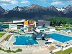 Aquacity Poprad, all year round outdoor and indoor pools and spa, 15 mins drive
