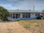 Daytona Beach Shores, quite and cute home with plenty of parking!