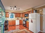 The fully equipped kitchen will help you whip up endless recipes for you and your family!