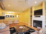 2 bed/2.5 bath Historic District  Luxury Townhouse