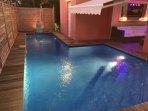 Villa moderne, intimiste avec 3 chambres climatisées et Piscine au sel avec nage contre courant