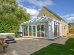 The Cotswold Manor Vineyard - Hot Tub & Games Barn