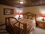 Queen bedroom terrace level