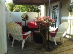 2 Bedroom private patio fountain/ flowers and very private with lots of Zen  :}