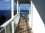 BANANA COTTAGE ENTRANCE: STUNNING CARIBBEAN SEA VIEWS.